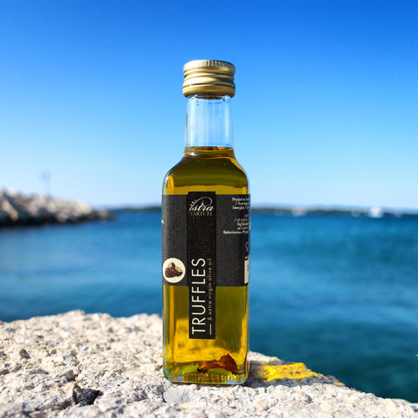 Extra Virgin Olive Oil with Black Truffle Slice 100ml 黑松露初榨橄欖油 100毫升